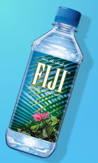海外セレブに人気の「FIJI フィジーウォーター」って本当に効果あるの?モデルたちの口コミを検証♪